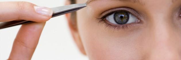 Cejas, arreglo y remodelación con micropigmentación